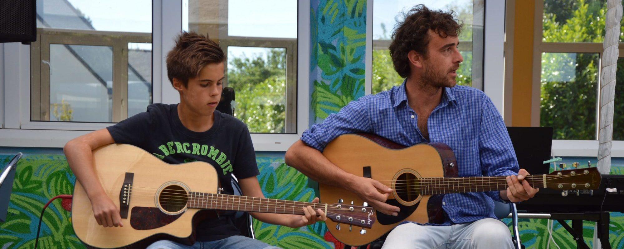 Cours de Guitare pour enfants et adultes à Plougoumelen
